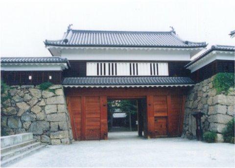 上田城趾:櫓門